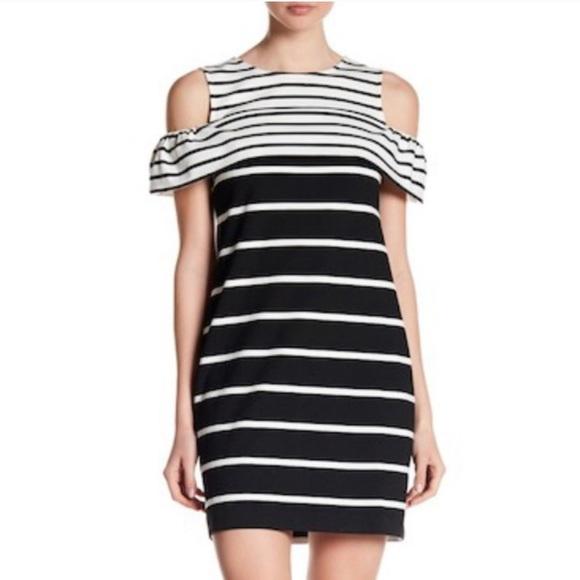 Vince Camuto Dresses & Skirts - BNWT Black & White Vince Camuto Striped Dress Sz 8